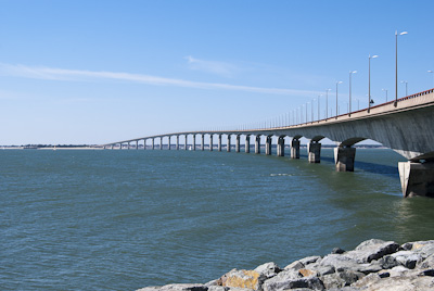 The photo of  the 2.9 km long bridge to Île-de-Ré